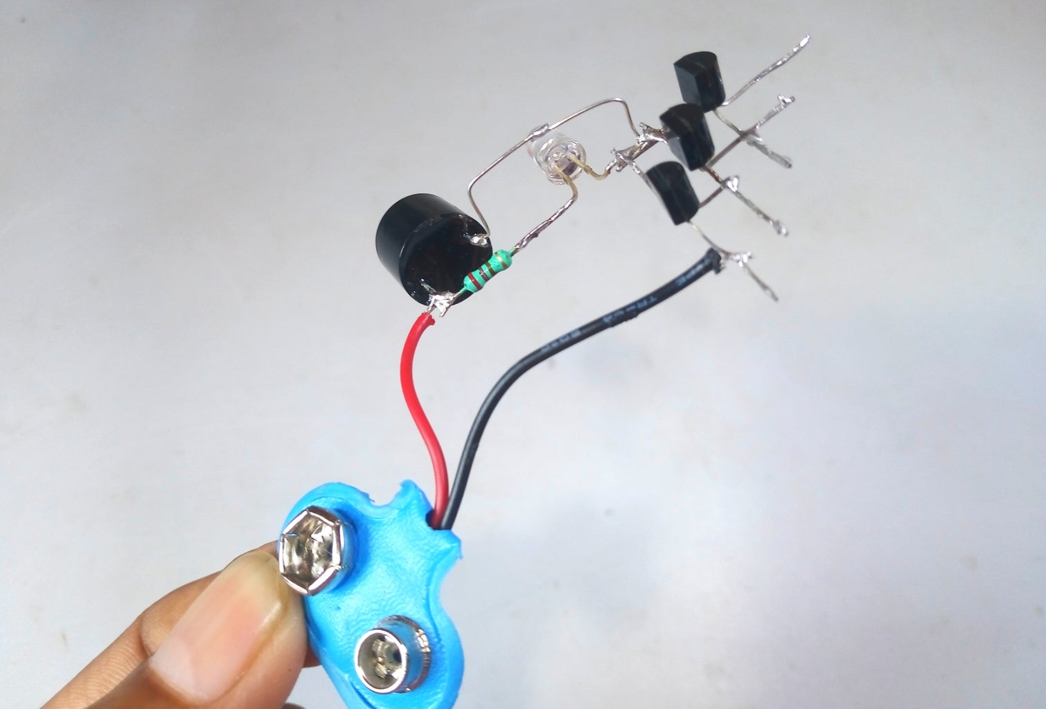 Connect Battery Clipper Wire