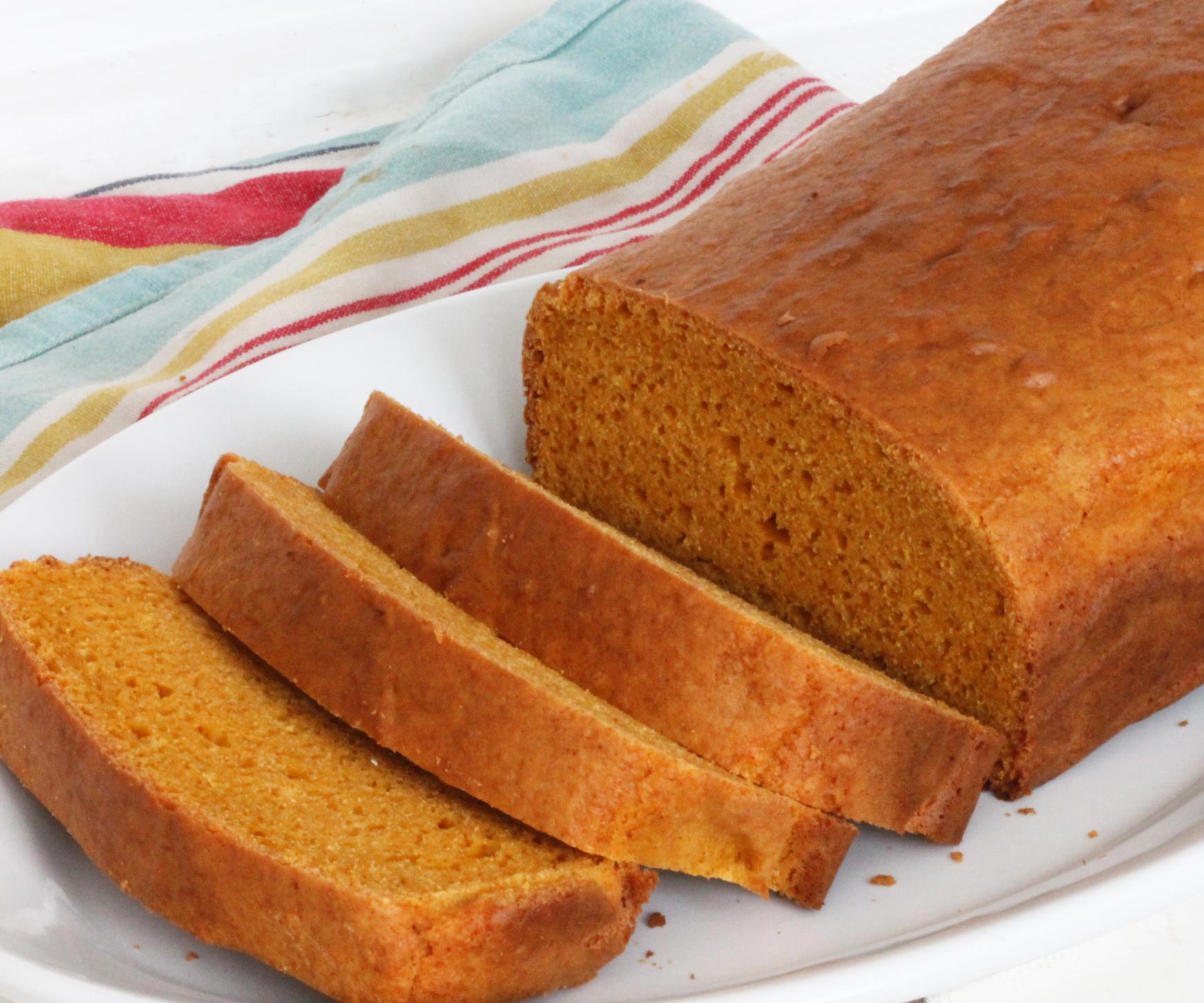2-Ingredient Pumpkin Bread