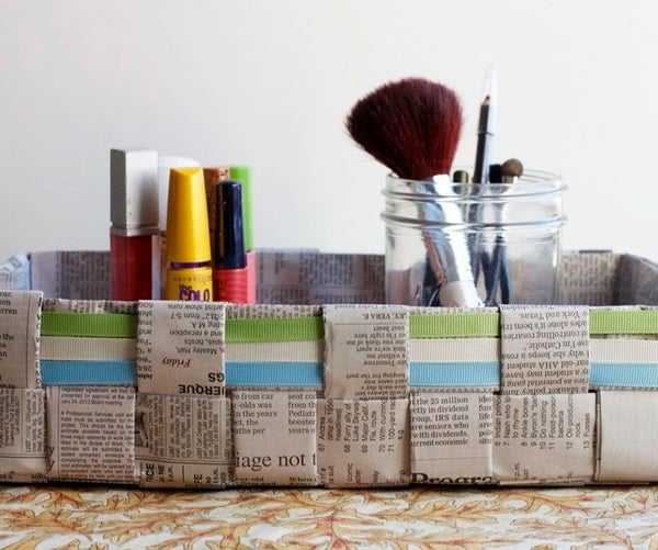 How to Make a Woven Newspaper Basket