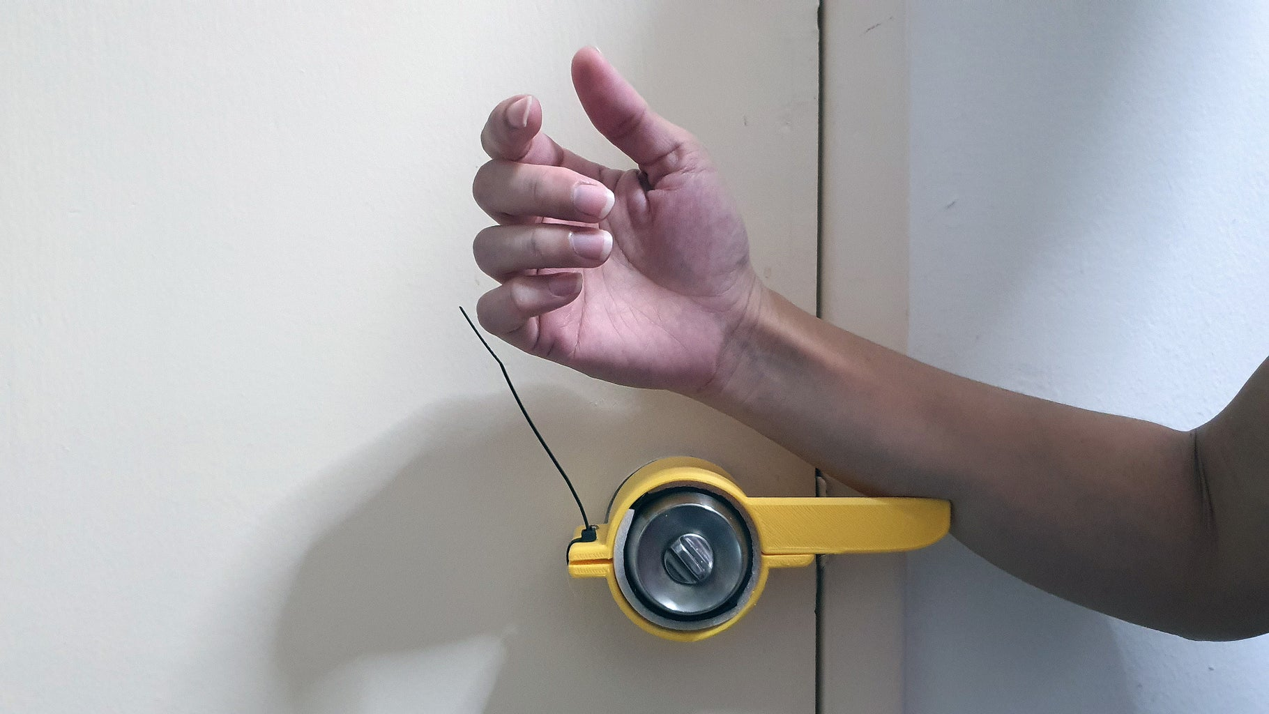 Test the Device by Using Your Arm