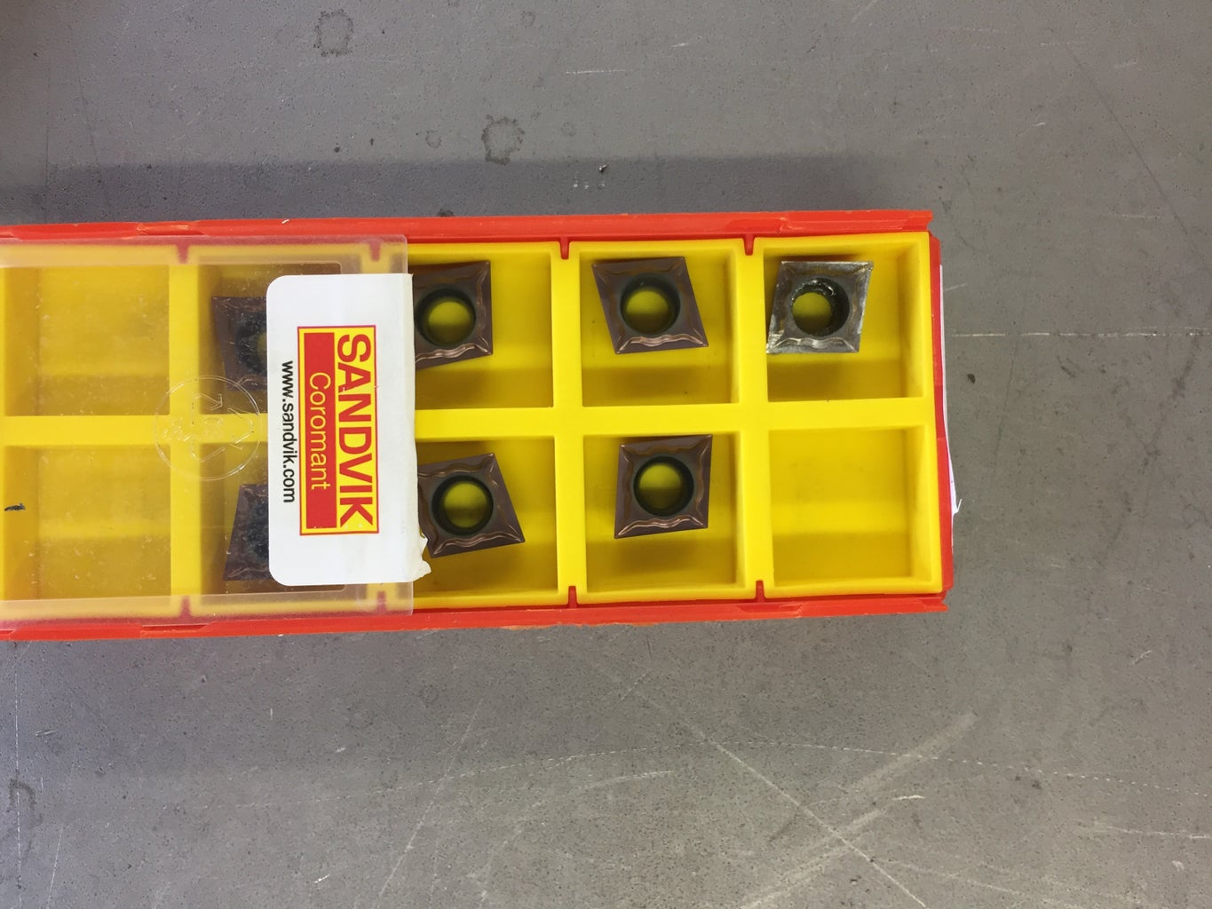 Different Inserts for Each Toolholder