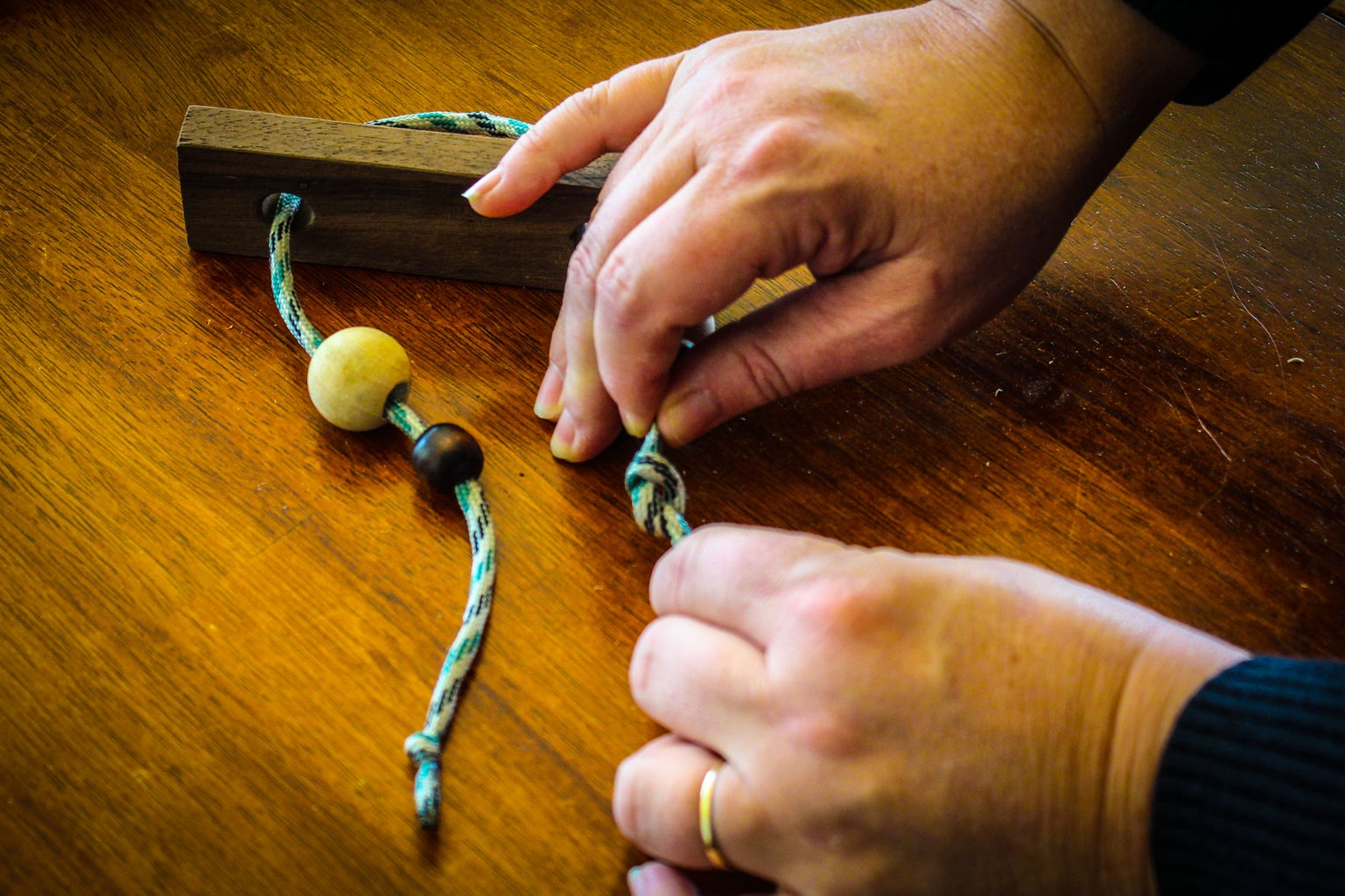 Tie Knots at the Ends of Rope