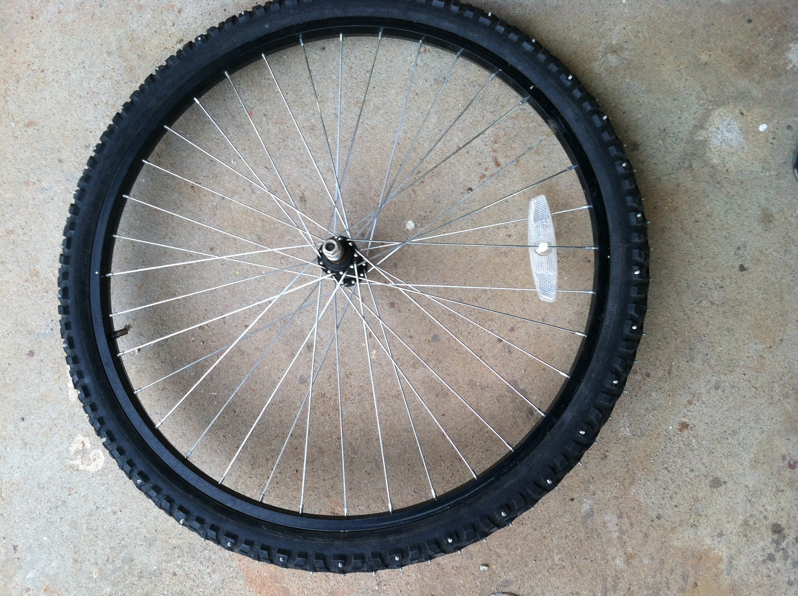 Studded Bike Tire For Ice