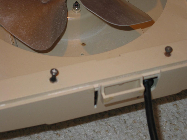 Disassembling the Humidifier