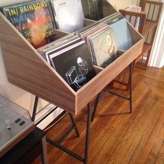 vinyl_stand.jpg