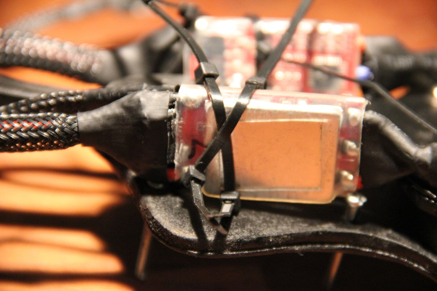 Attaching the Side ESC's