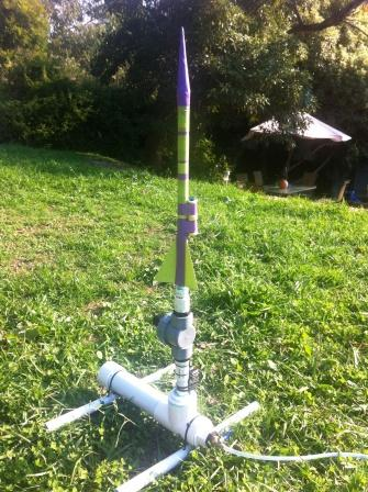 """Mounting a """"Spy"""" Video Camera on an Compressed Air Rocket"""