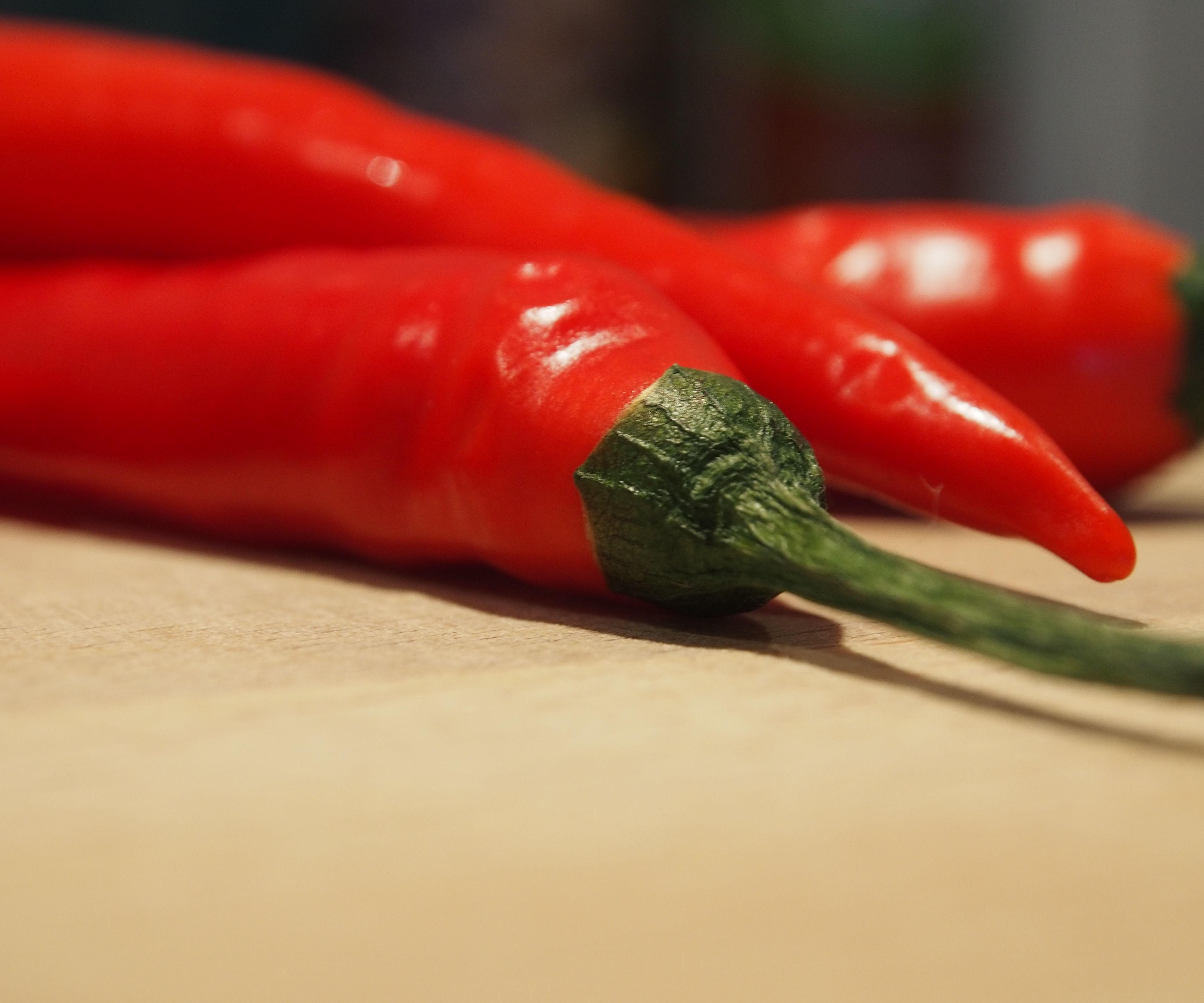 HOT!! Chilli Sauce (Thai)