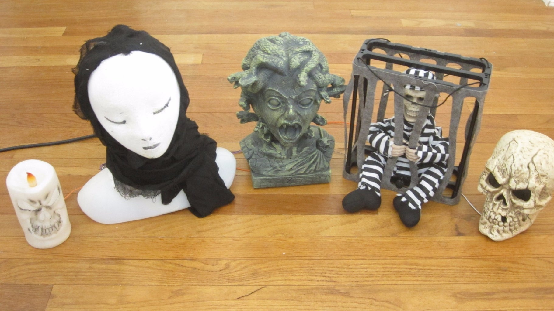 Use Your Remote to Activate Commercial Halloween Props