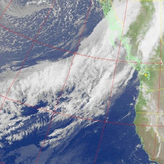 Receiving Images From Passing Weather Satellites (NOAA and METEOR M2) Using a Cheap SDR