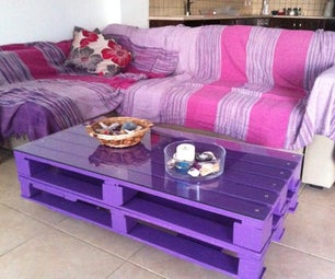 Wooden Pallet Coffee Table on Wheels for Living Room