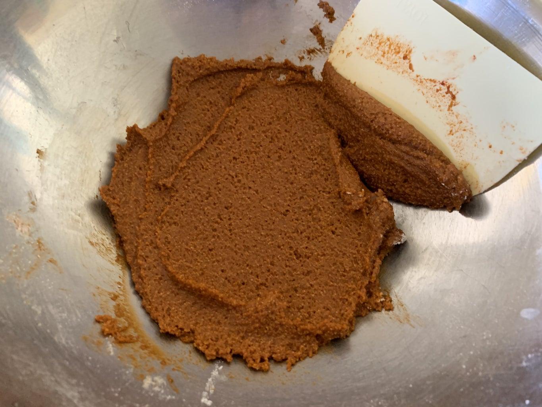 "Make the Coloured Macaron ""pastes"""