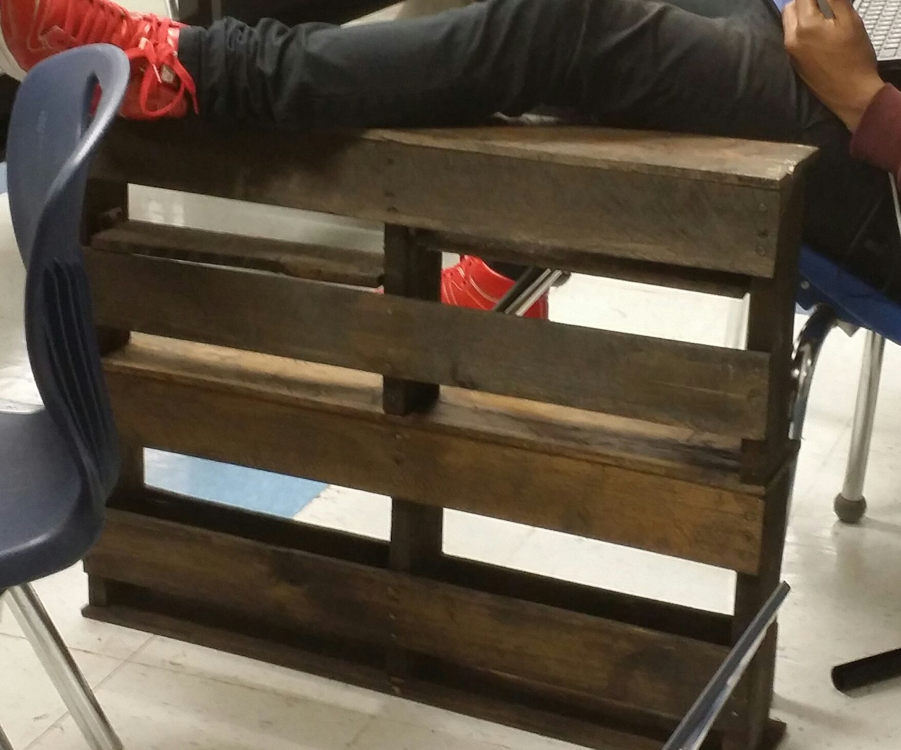 SPICE RACK Out of Shipping Pallet