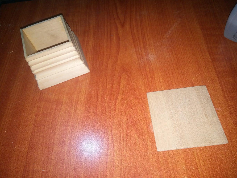 Wooden Box (enclosure)