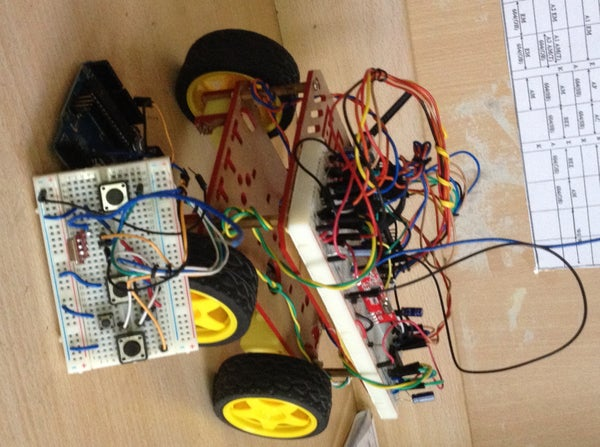 Wirelessly Control a Robot Using Arduino and RF Modules !