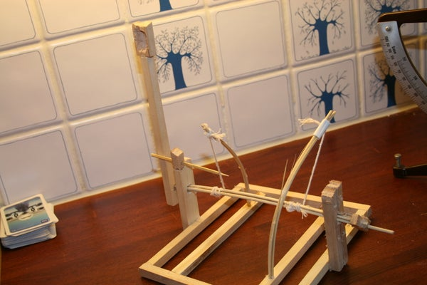 How to Make a Mini Da Vinci Catapult