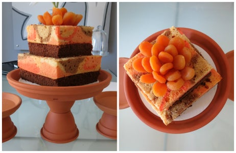Bake a Marbled Naked Cake
