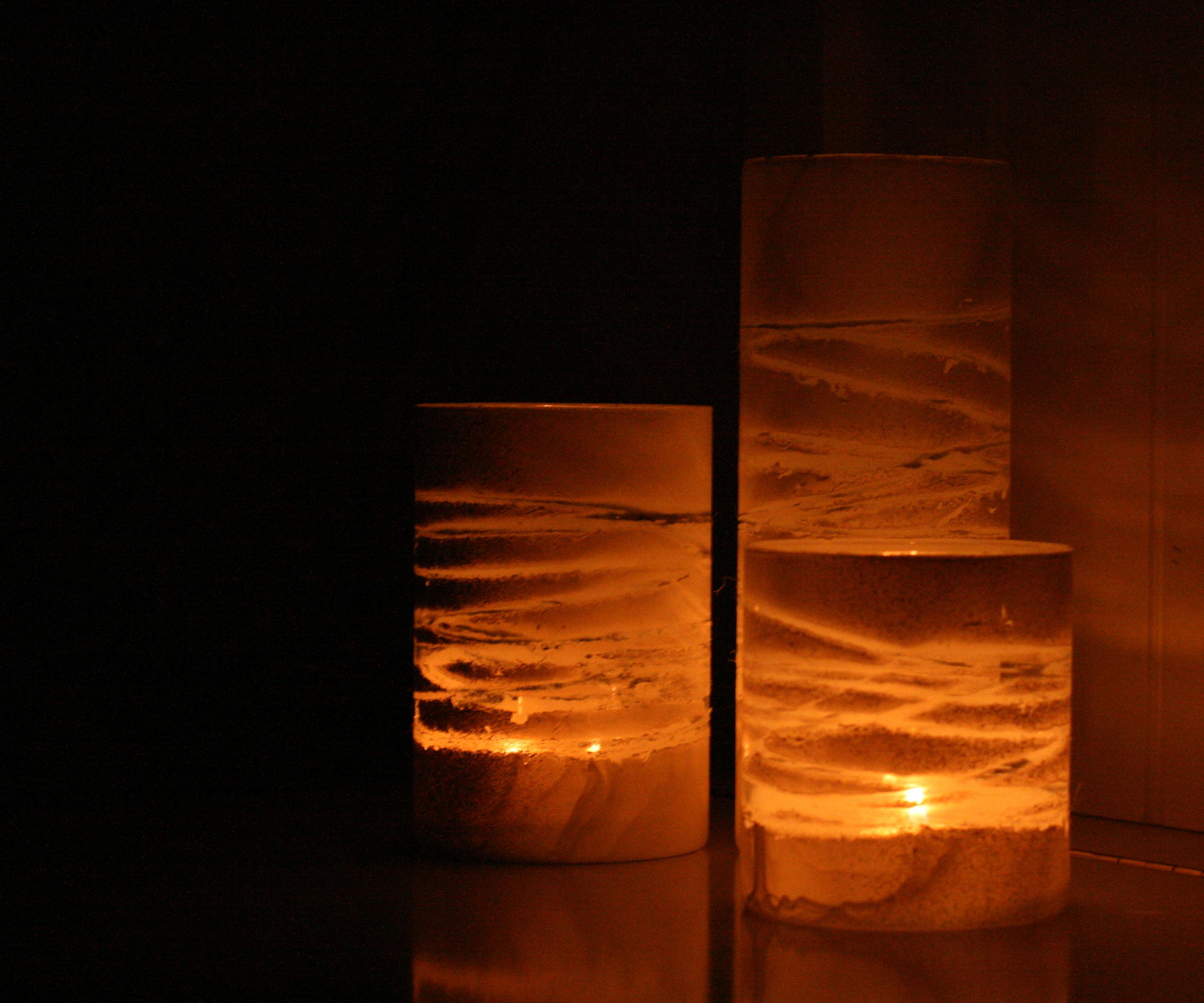 Making Yarn-Wraped Painted Jars