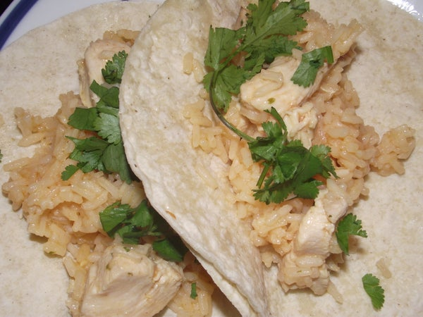 Arroz Con Pollo (Chicken and Rice) 15 Minute Meal