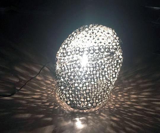 POP TAB TABLE LAMP