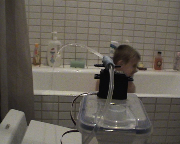 Squirt - Arduino, motion activated water cannon