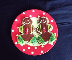 Gingerbread Men With Royal Icing