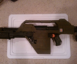 """Nerf Recon Transformed Into """"Aliens"""" M41A Pulse Rifle"""