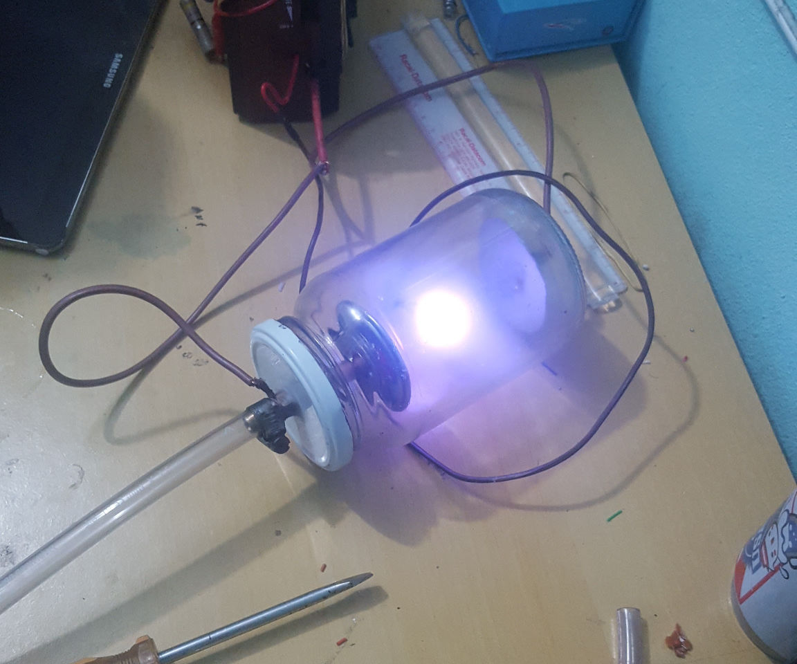 Real Life Arc Reactor - A working fusion reactor model