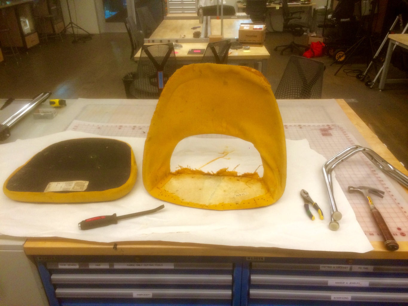 Take the Chair Apart & De-upholster