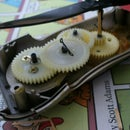 Hand-crank Fan for Keeping Cool in the Summer