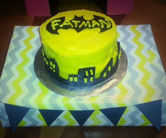 Batman Smash Cake