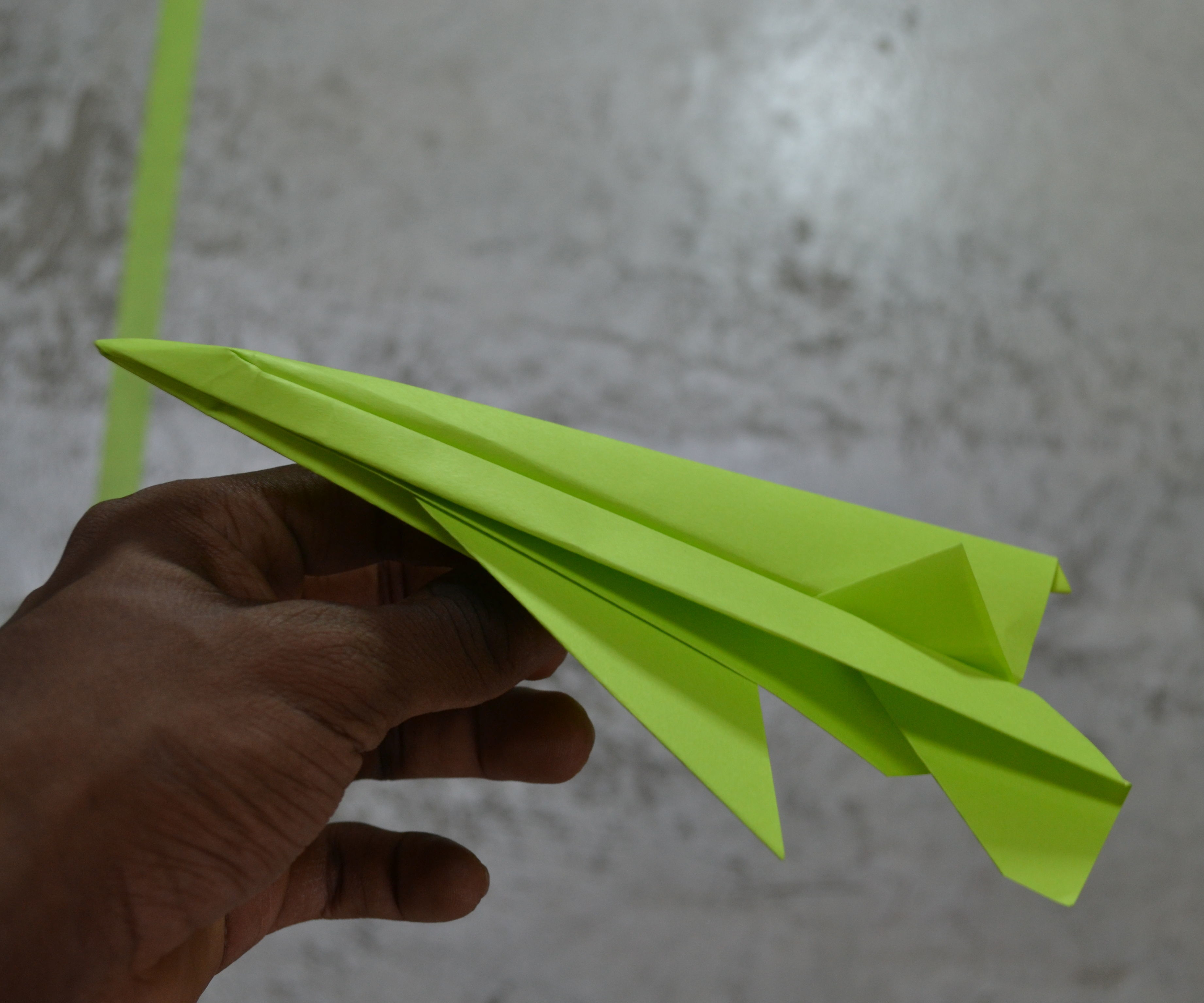 Como hacer un avión F-16 de origami