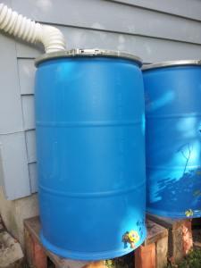 Simple, Inexpensive Rain Barrel Build