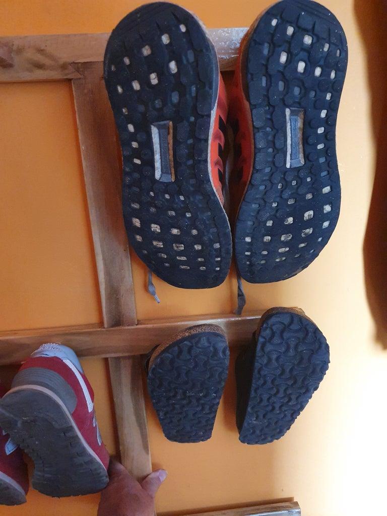 Cuelga Zapatos Contra El COVID-19
