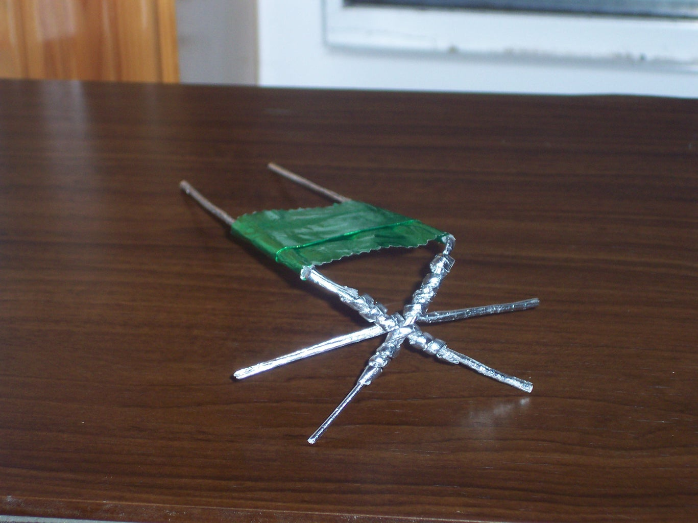 Connect the Table Top With the Legs