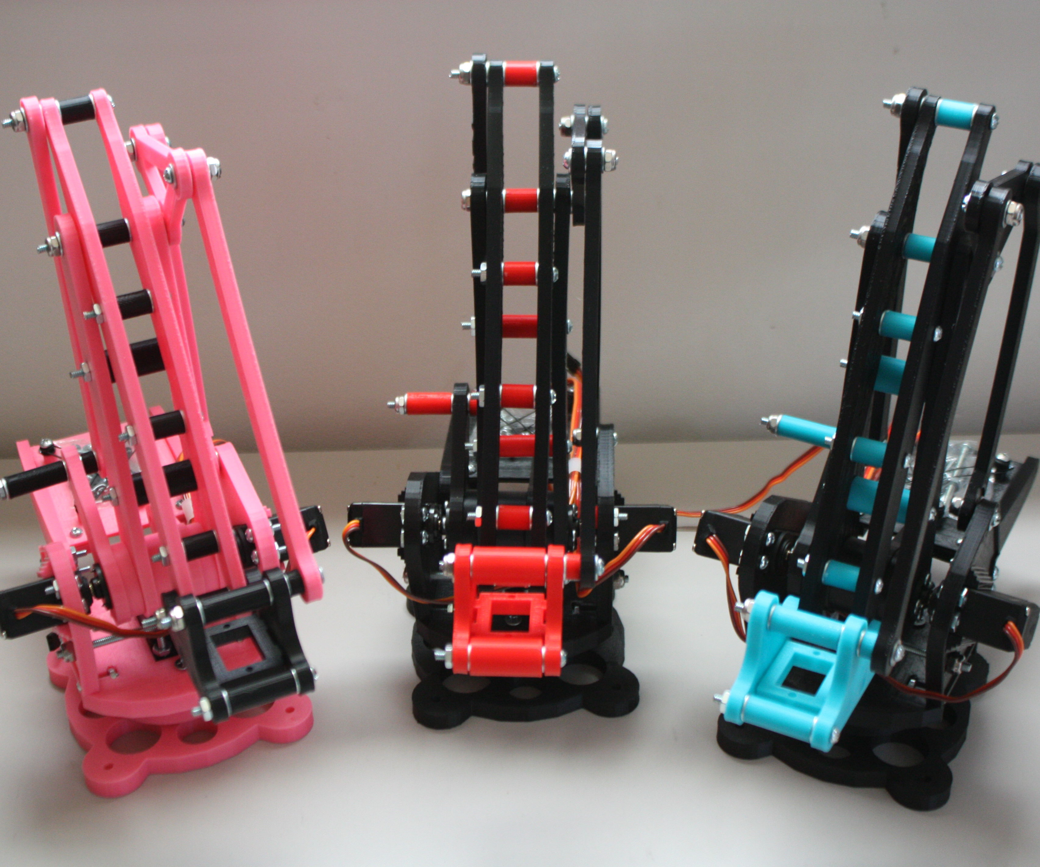 UArm Miniature Palletizing Robot Arm for Arduino