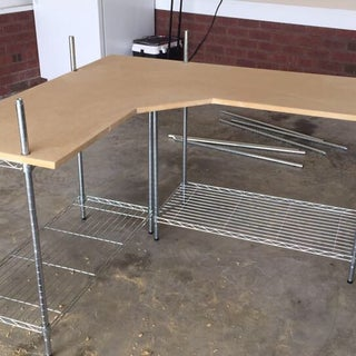 L-Shaped Wire Rack Computer Desk