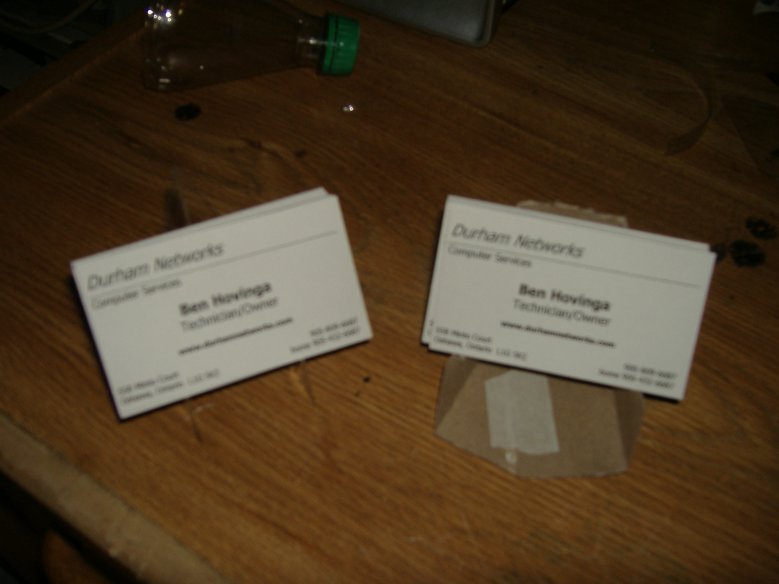 BUSINESS CARD STAND FROM RECYCLED MATERIAL