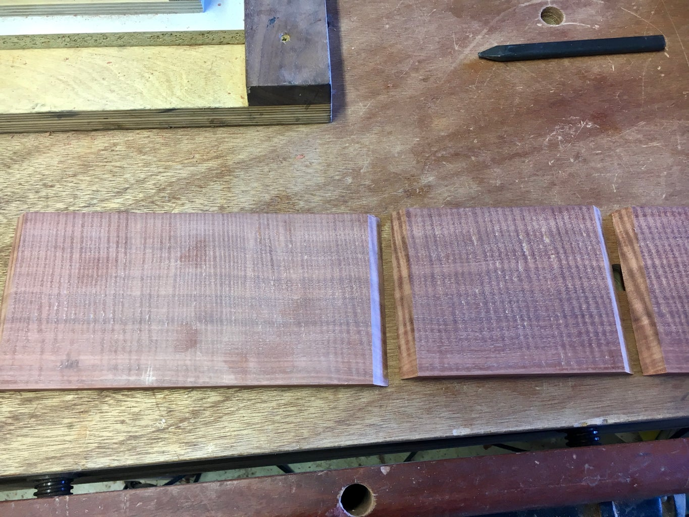 Cutting the Mitres