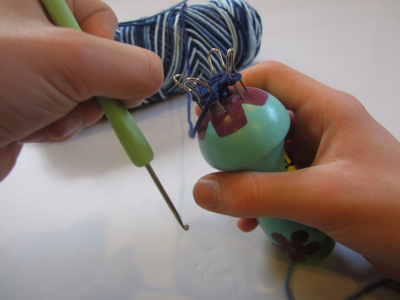 Hooking the Yarn