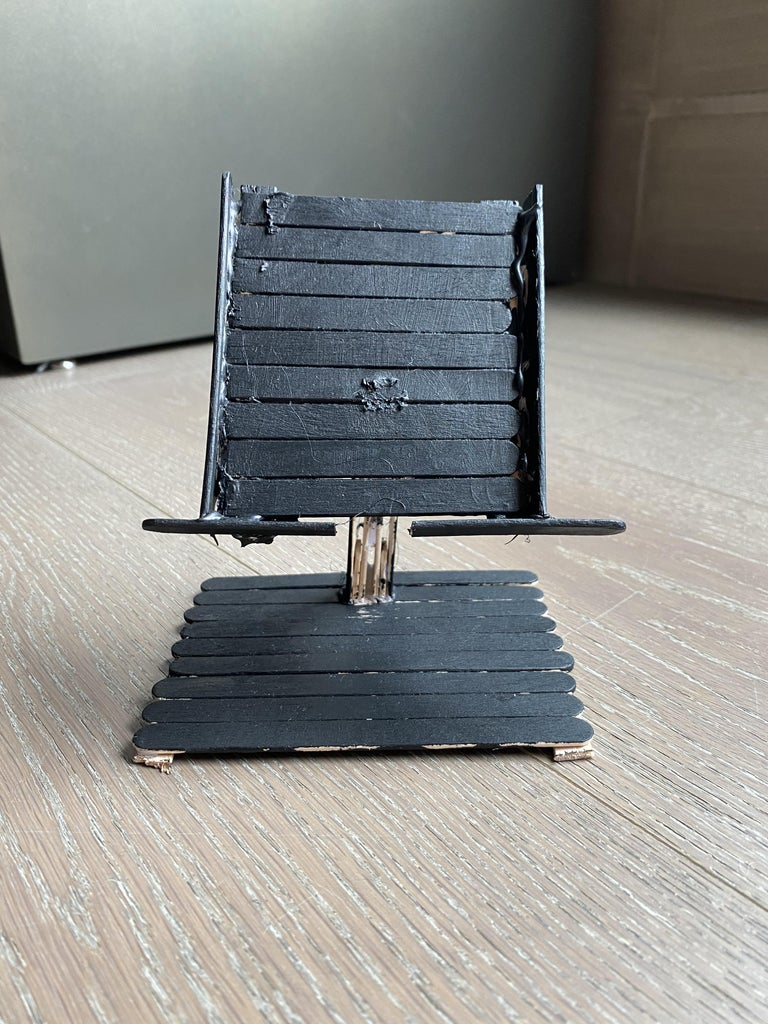 Quick Phone Holder Made at Home