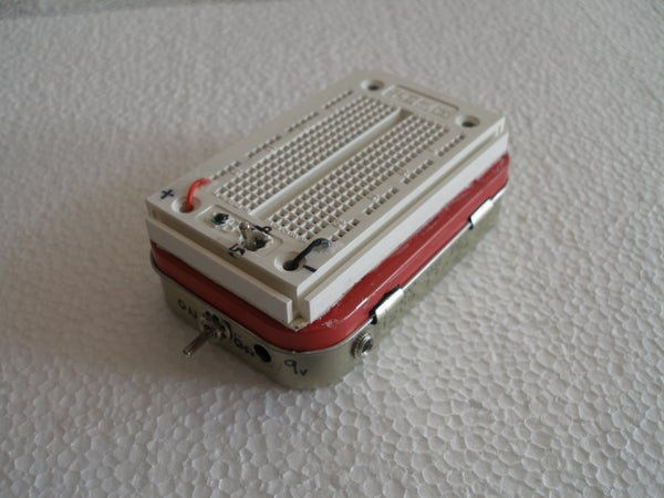Altoids Tin Portable Breadboard With Power Supply