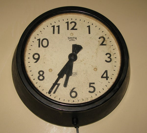 Make an Atom Synchronised Clock From a 1950's Slave Dial