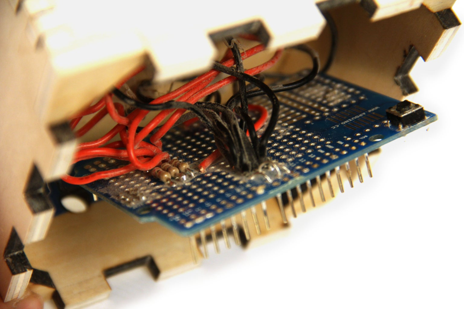 Wire Buttons on Arduino Shield - Part 3