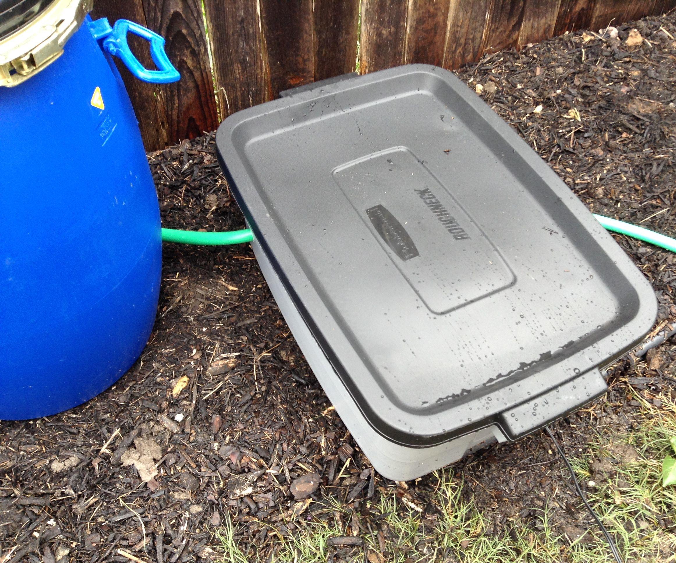 Portable garden pumps