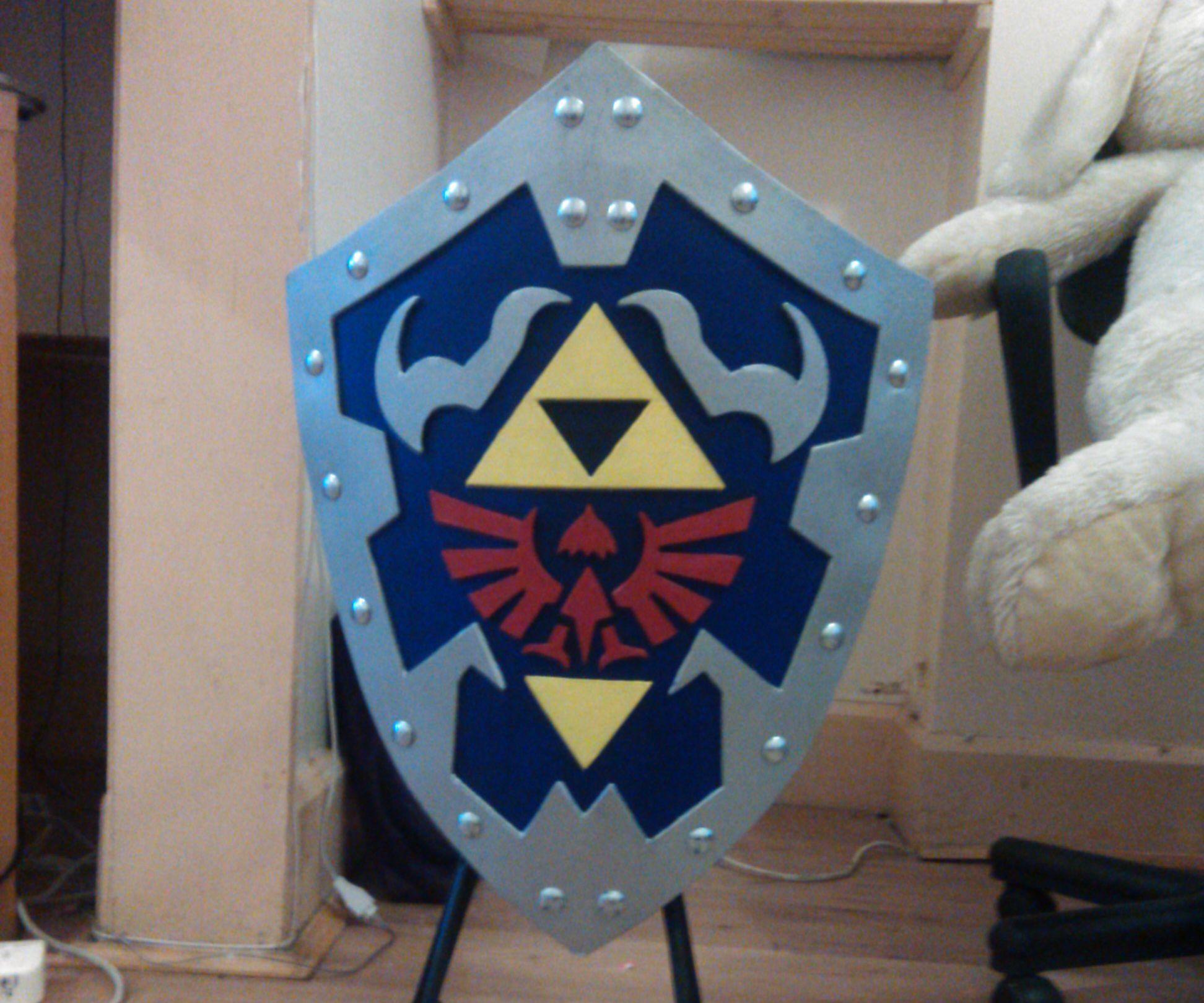 Legend of Zelda Ocarina of Time Wooden Hylian Shield