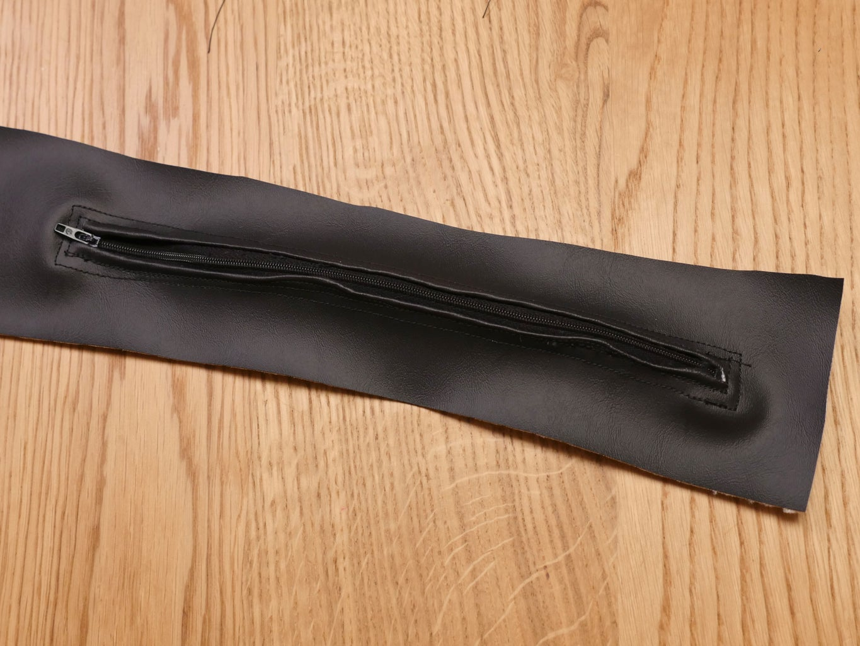 Zipper & Tab