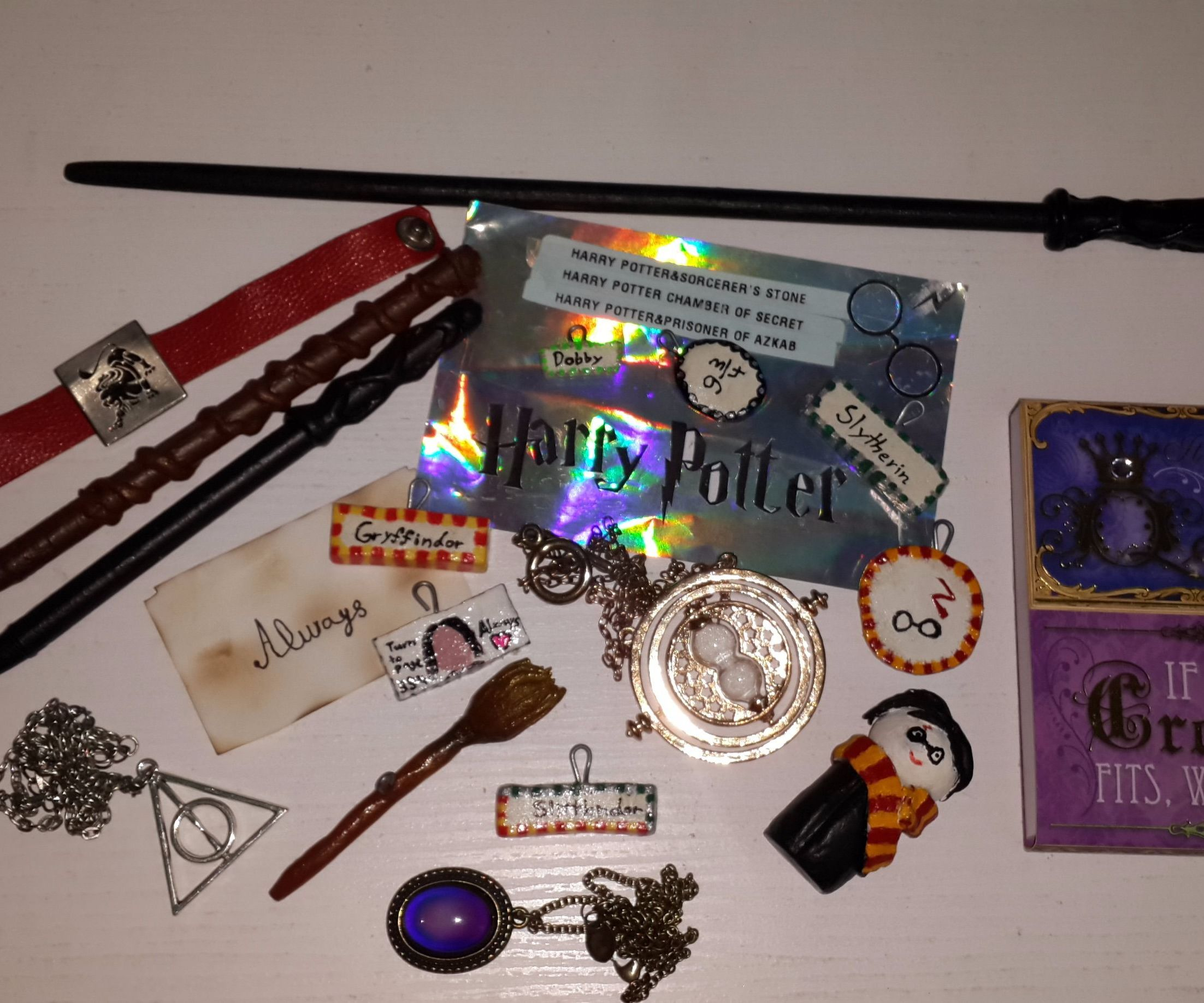 My Harry Potter handmade necklaces, wand pens,Harry Potter statue
