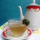 Easy Lemongrass-Ginger Juice