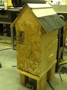 Do It Yourself Bee Hive